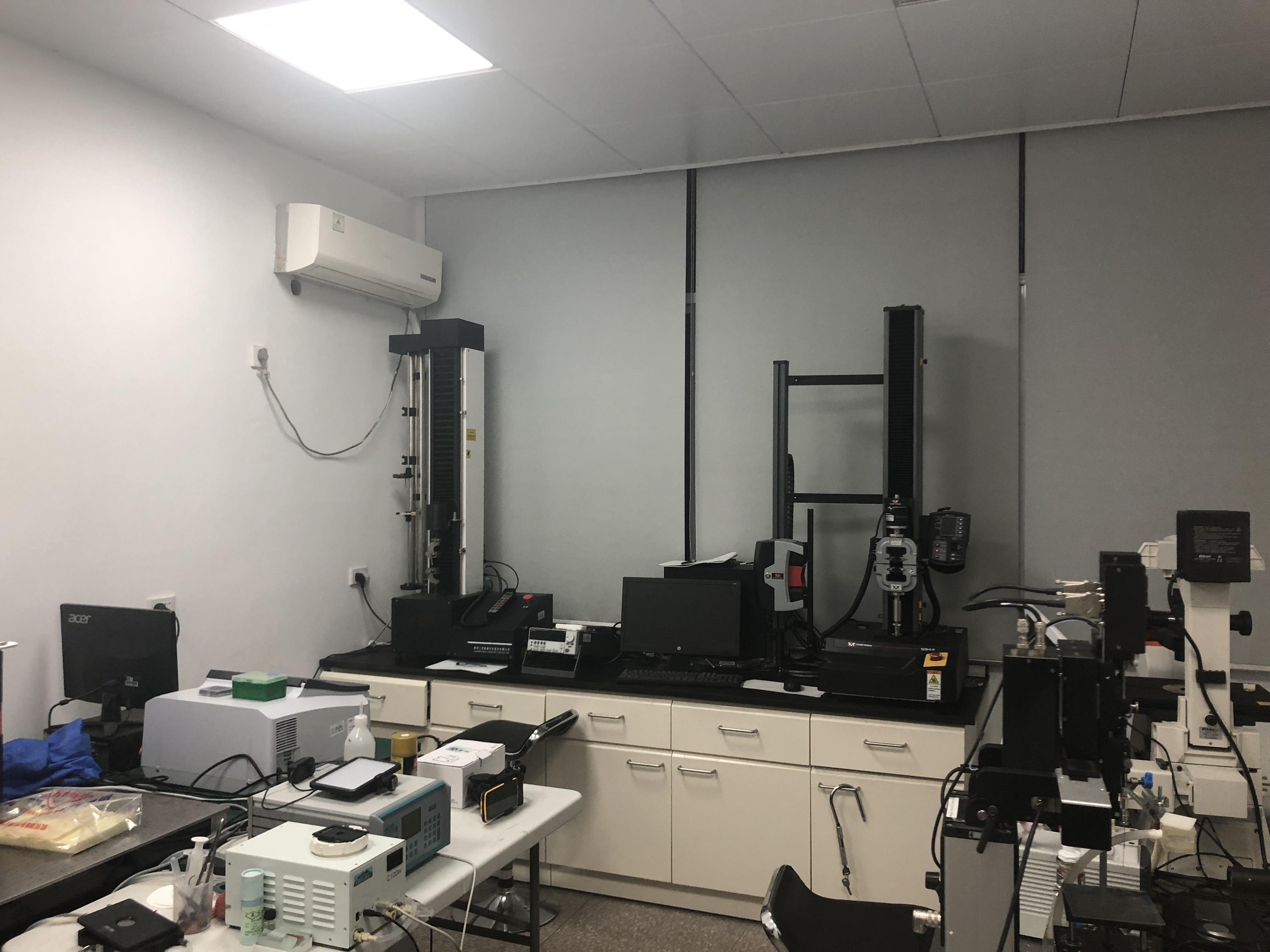 实验室4.jpg
